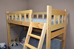 dřevěná patrová postel masivní rozkládací Nowy Jork chalup