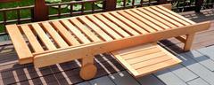 dřevěné zahradní lehátko včetně matrace Lezak chalup