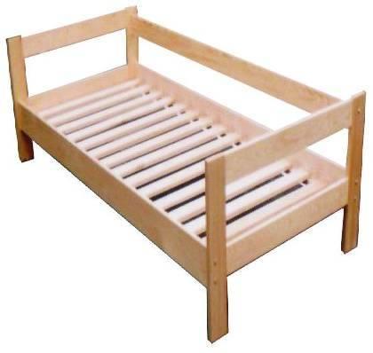 dřevěná jednolůžková postel z masivního dřeva Relaks chalup