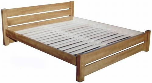 dřevěná dvojlůžková postel z masivního dřeva Camelot chalup