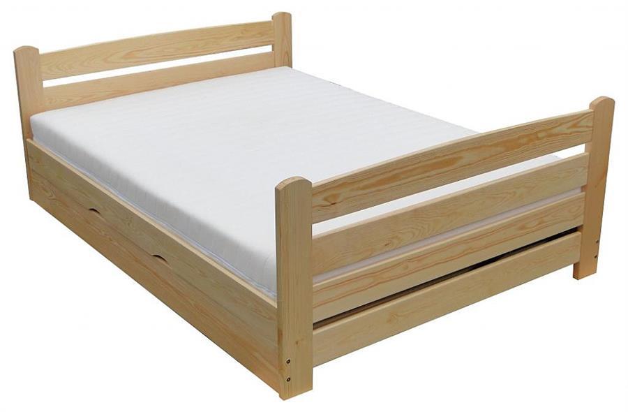 dřevěná dvojlůžková manželská postel s úložným prostorem Arkadia chalup