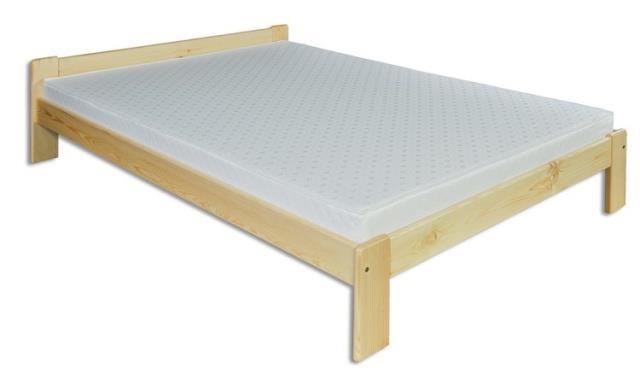 dřevěná dvojlůžková postel z masivního dřeva LK107