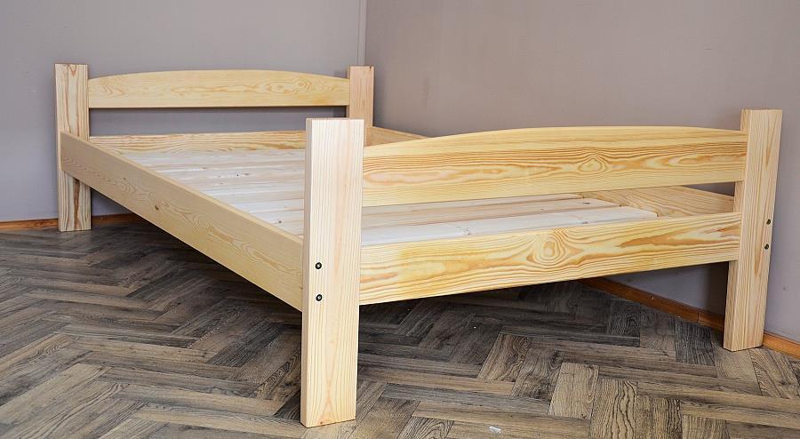 dřevěná jednolůžková postel z masivního dřeva Martin chalup