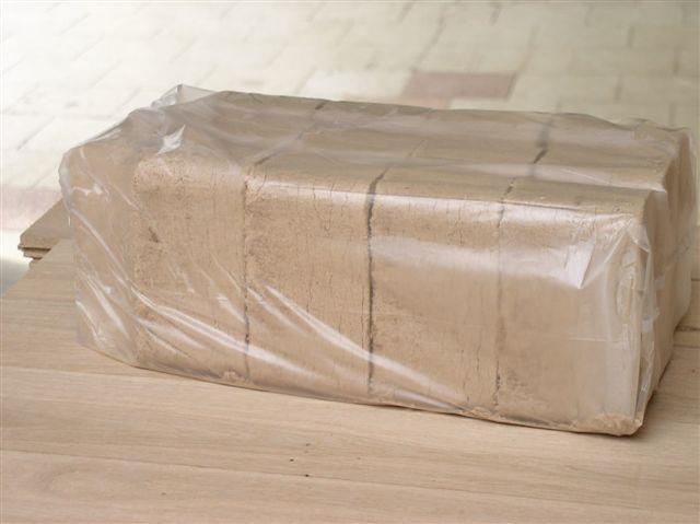 Brikety RUF 100x10kg na paletě