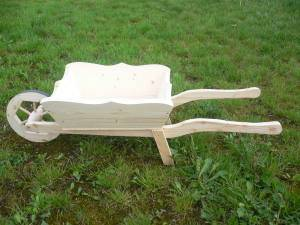 dřevěné zahradní dekorační kolečko, trakař 115