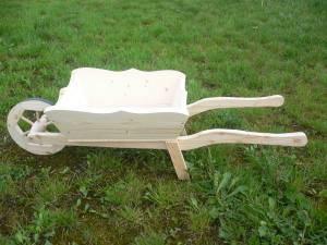 dřevěné zahradní dekorační kolečko, trakař