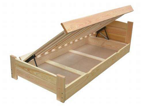 dvojlůžková dřevěná postel s úložným prostorem Boomer chalup