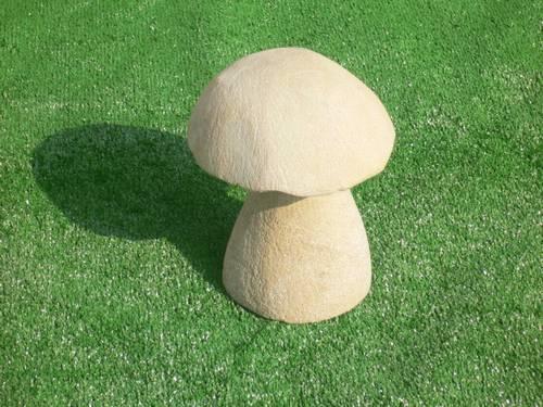 Nádherná pískovcová zahradní dekorace houba