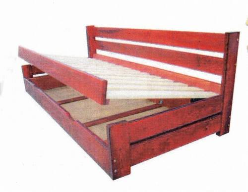 dvojlůžková dřevěná postel s úložným prostorem Innowator chalup