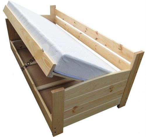 dvojlůžková dřevěná postel s úložným prostorem VIP chalup
