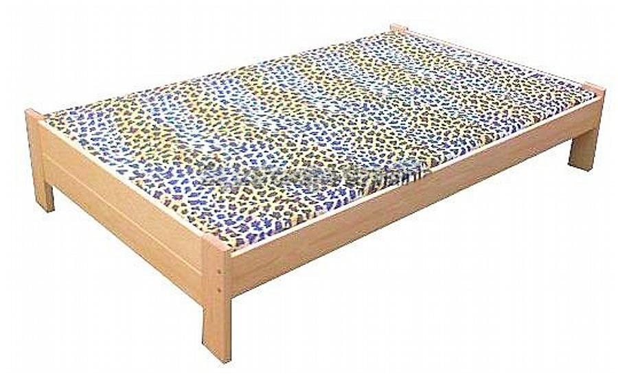 dvojlůžková postel dřevěná Awinion chalup